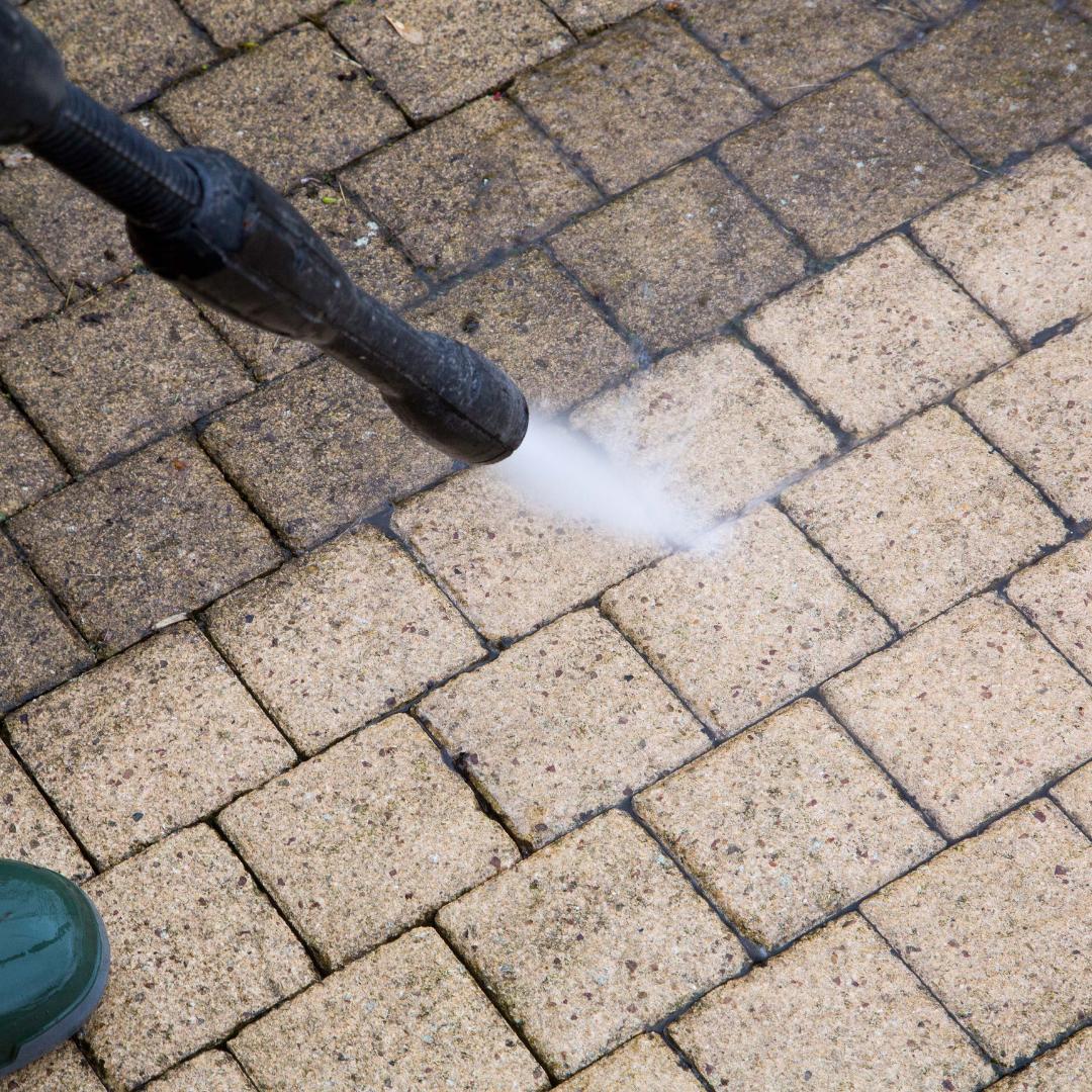 Le Groupe Saturne - Prestation - Travaux spéciaux - Mise en propreté - Nettoyage sols - Nettoyage professionnel - Entreprise de nettoyage